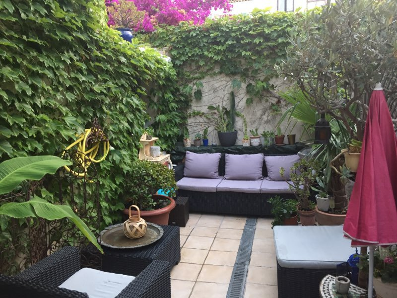 VIEIL ANTIBES - 3p 47 m2 with terrace 30 m2
