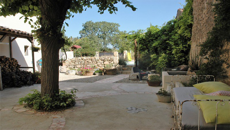 Exeptional maison de maître with garden and views on the banks of the canal du midi