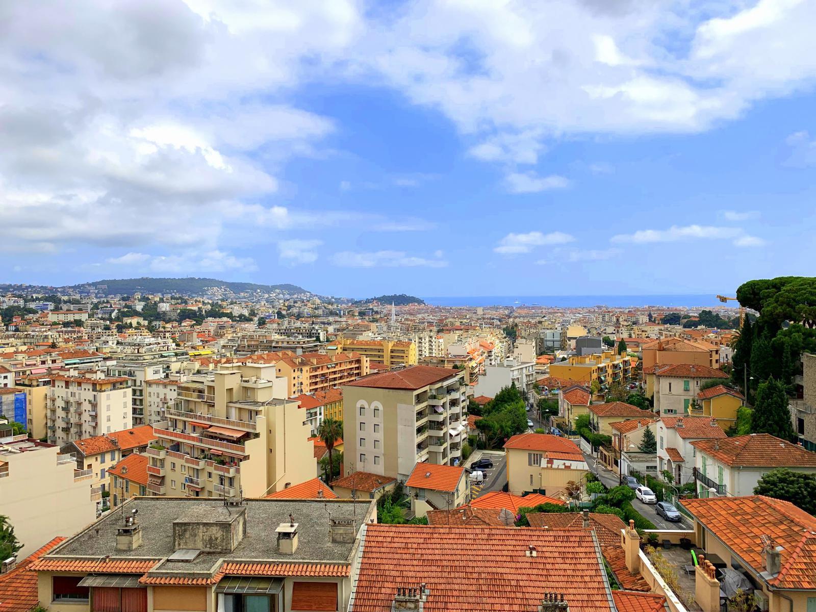 2 Pièces Terrasse à Vendre, Nice, Gorbella