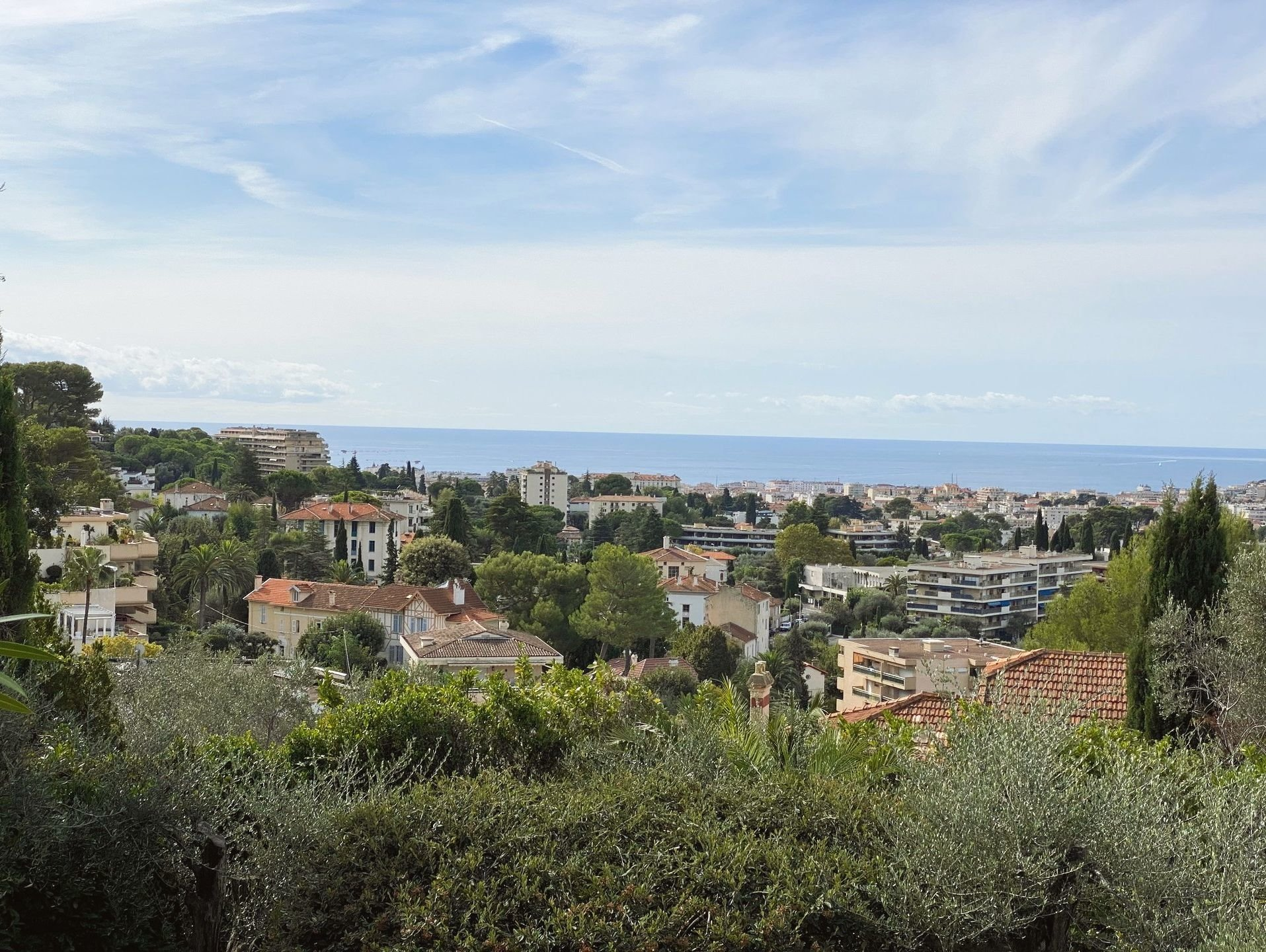 Heights of Cannes  - Housing complex in calm residential area