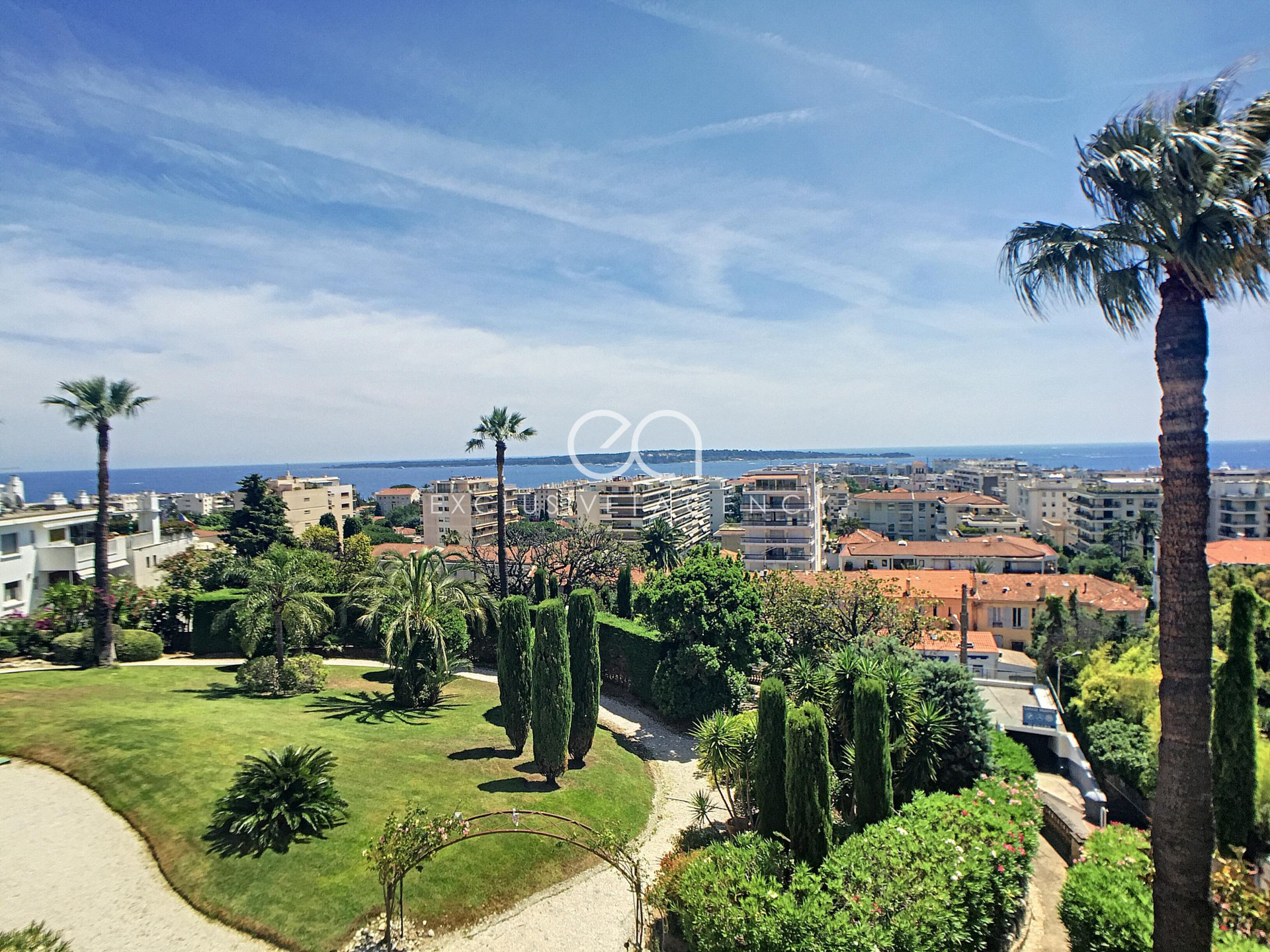 For sale Cannes Californie - Splendid 230m2 apartment with panoramic sea view