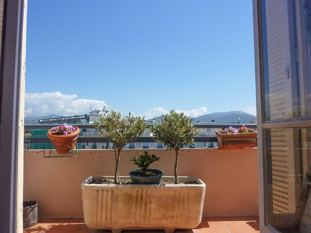 Appartement 3P  avec deux balcons - Nice Musiciens