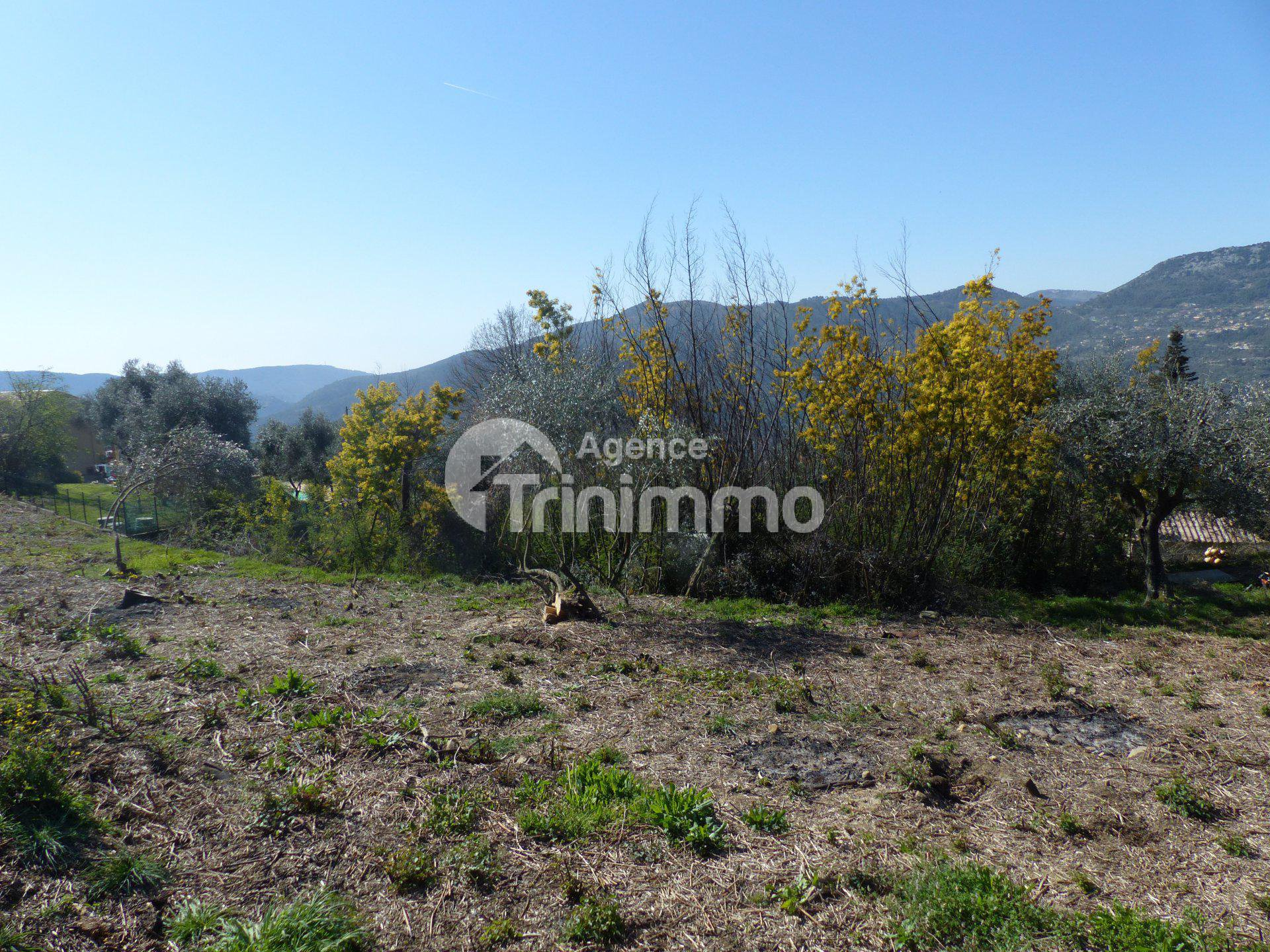 Sale Plot of land - Berre-les-Alpes