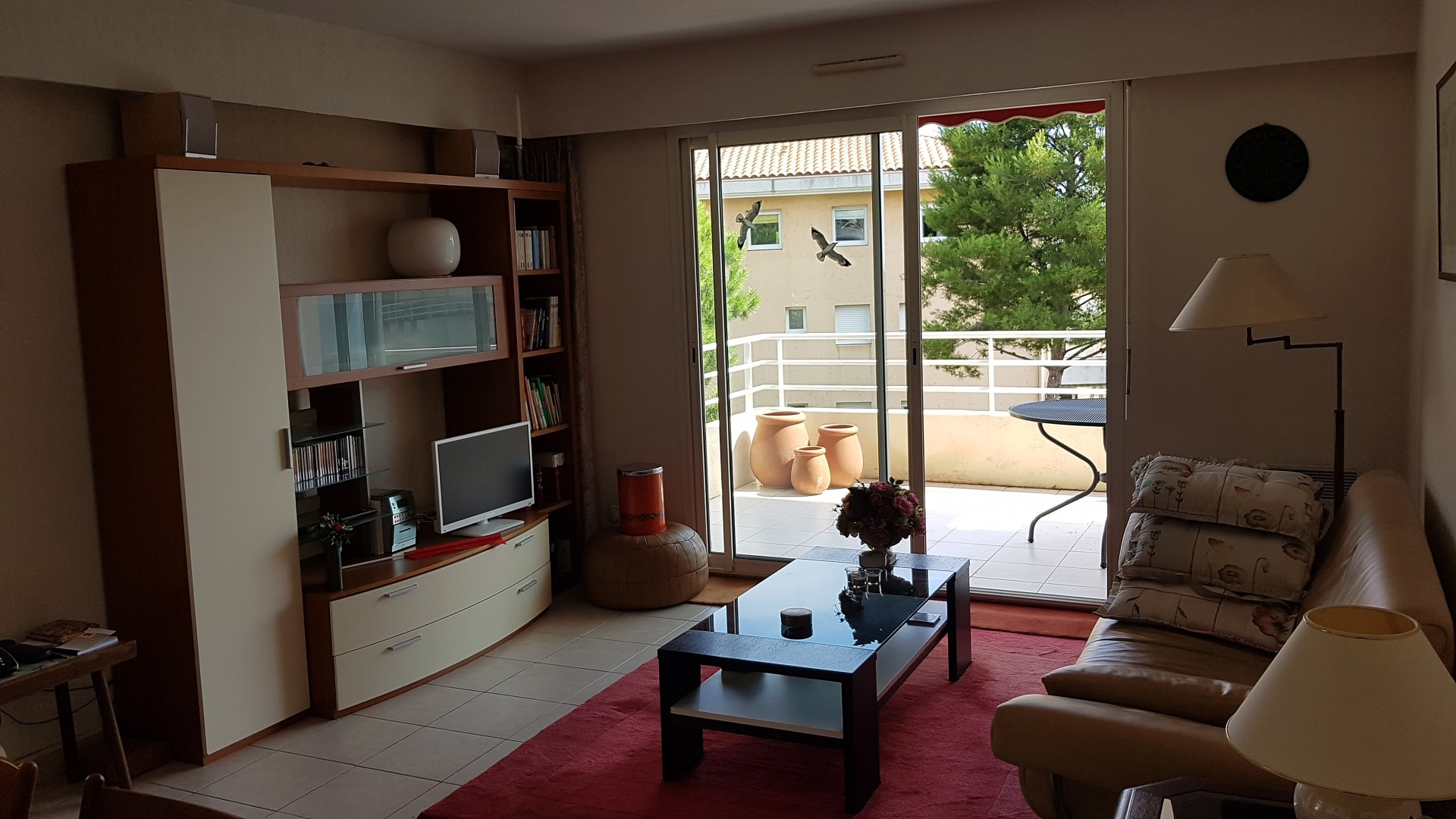 Well located 3 rooms apartment with 3 parkings