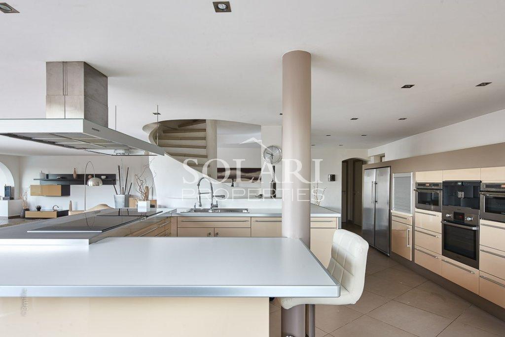 Villa contemporaine à Théoule avec vue mer