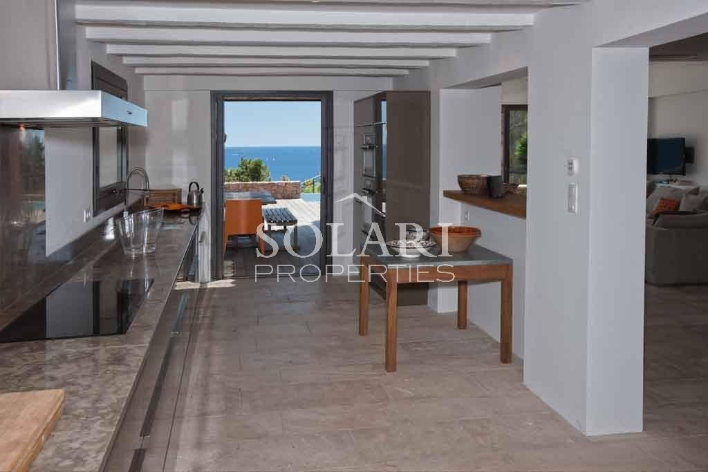 Property to rent in the Cannes Bay