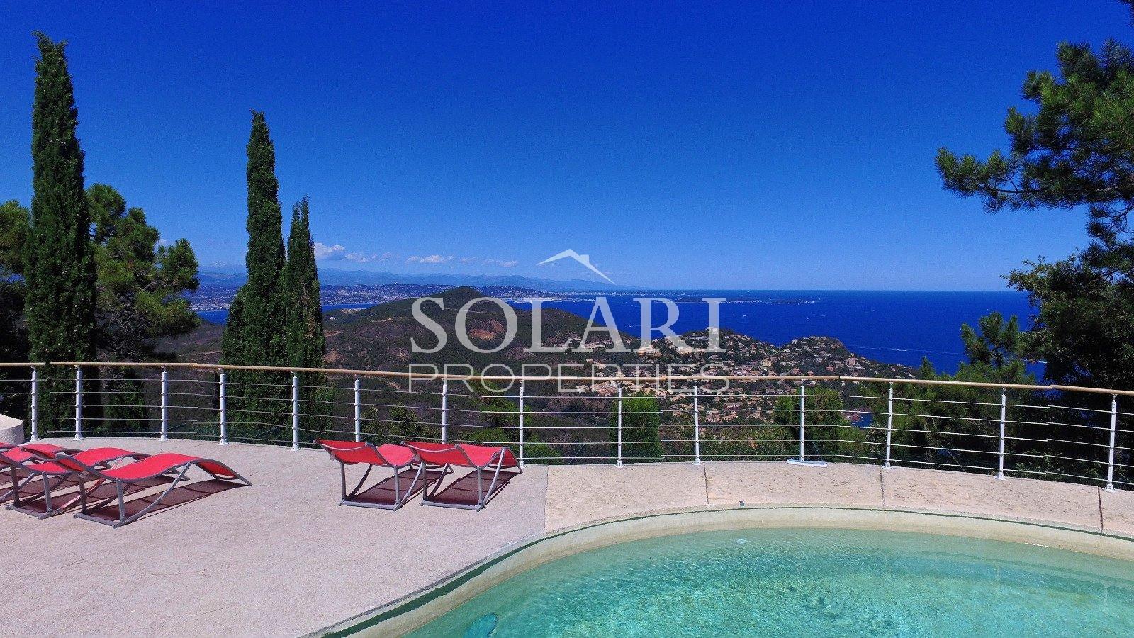 Contemporary sea view villa Theoule