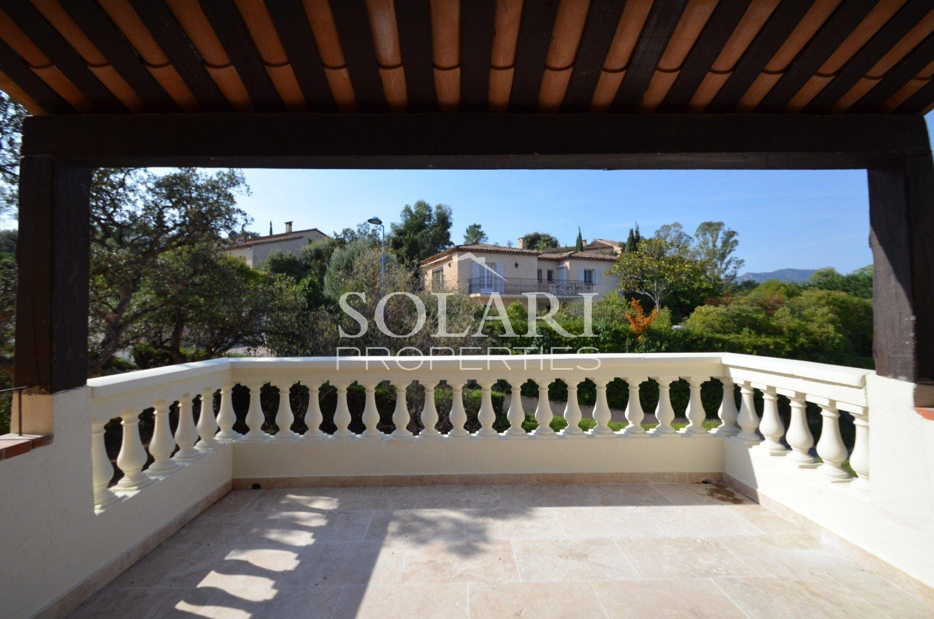 Villa LES CRETES
