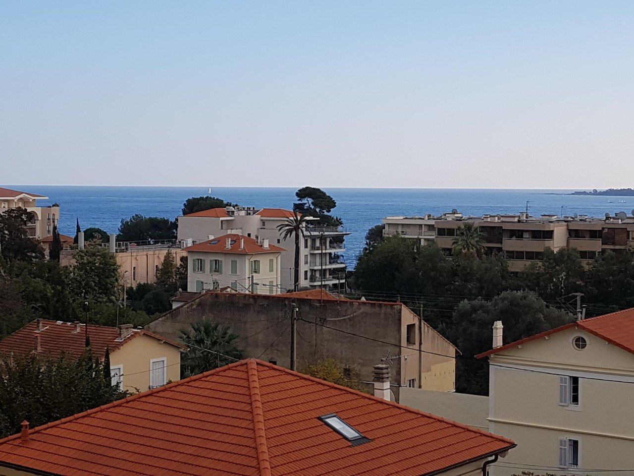 New Top floor 1 bedroom 40 sqm with seaview terrace / Cannes Palm Beach