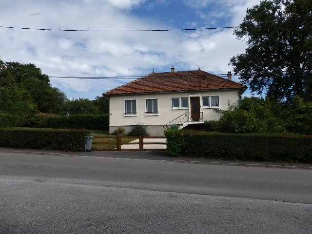 Maison d'exception avec annexe près du Dorat dans la Haute Vienne