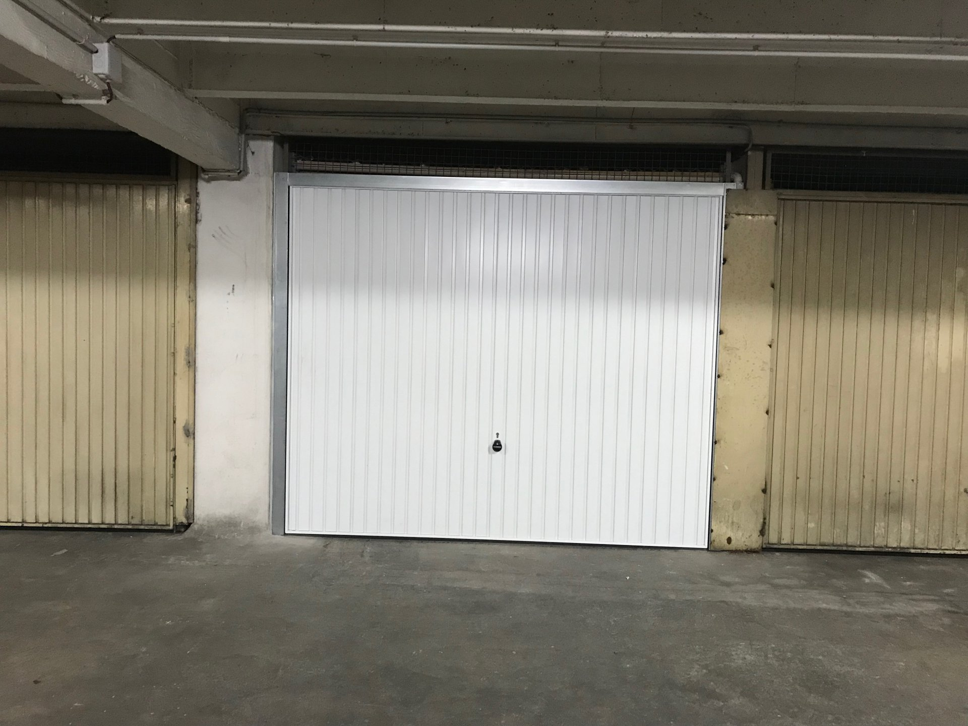 Garage fermé sous-sol