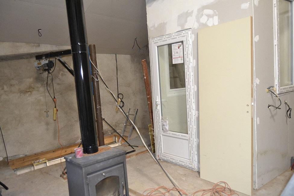 Remise avec début d'aménagement d'appartement