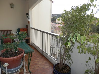 Sale Apartment - Saint-Mandrier-sur-Mer