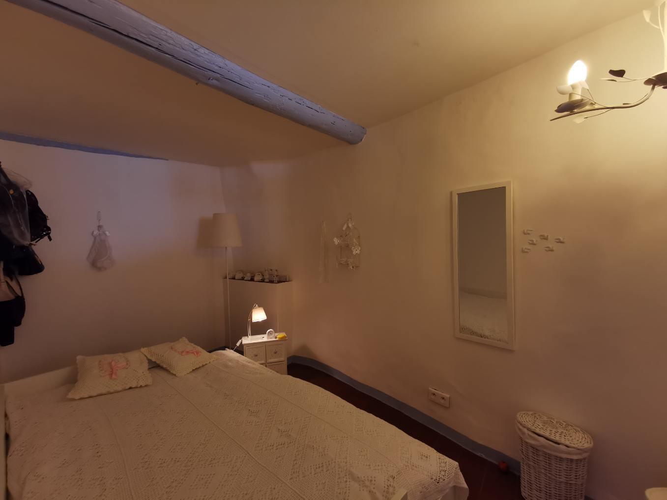 Appartement lumineux avec terrasse