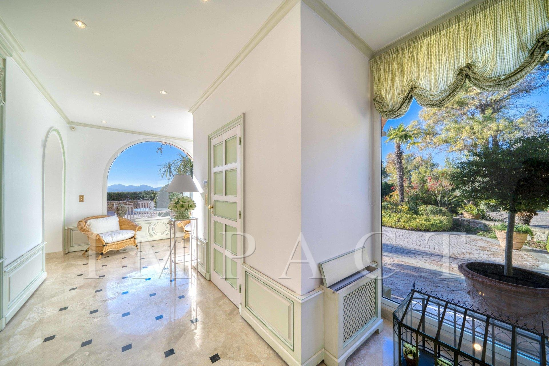 CLASSIC HOUSE FOR SALE CALIFORNIE CANNES