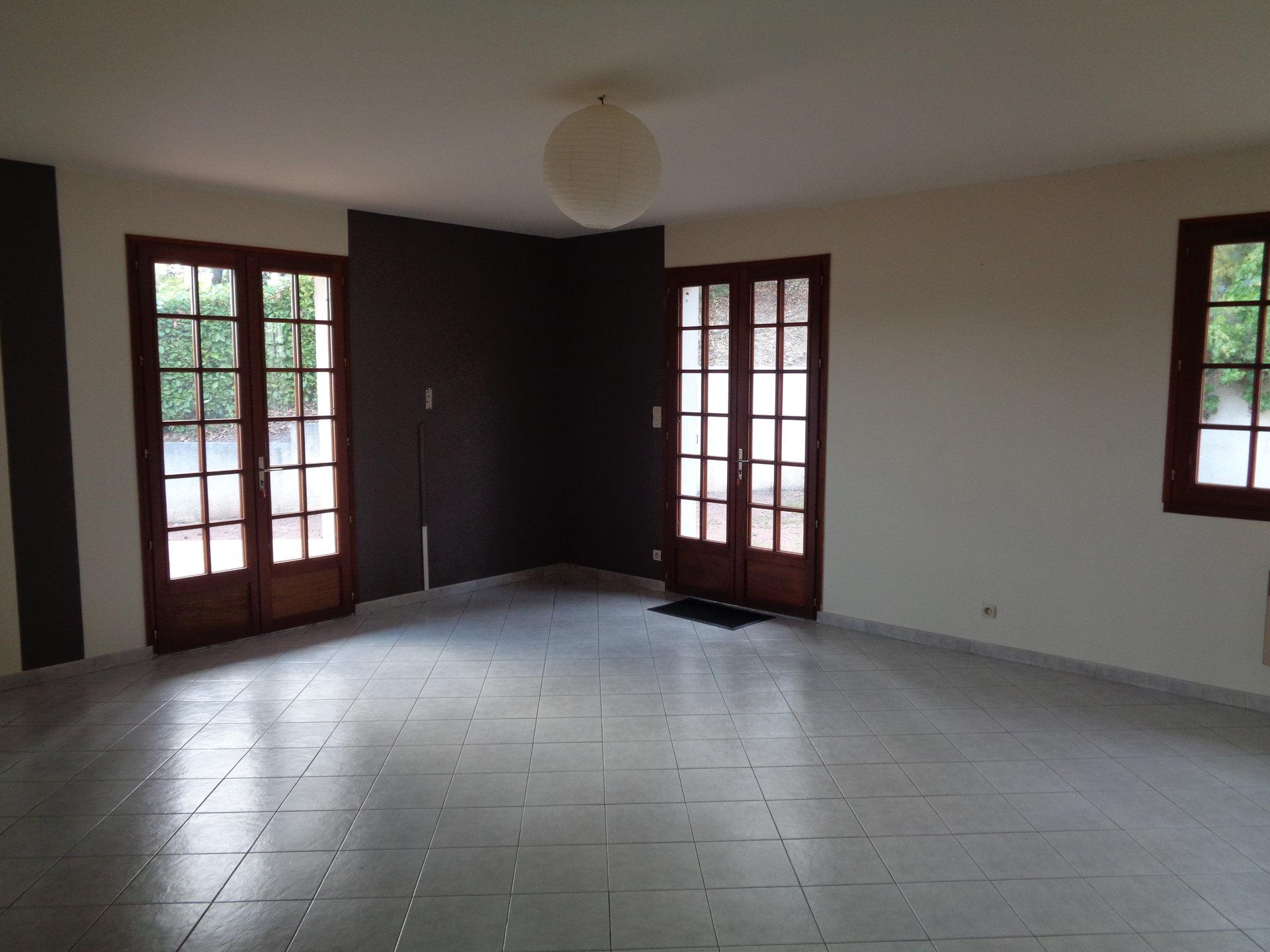 Pavillon sur sous-sol - 4 pièces - 112 m² (env.) MISSE
