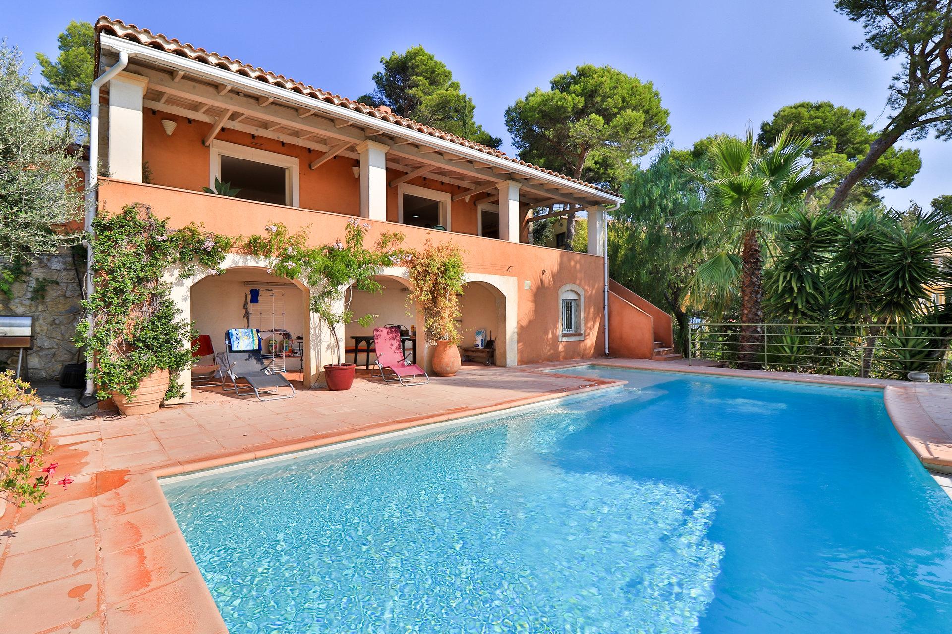 Sale Villa - Hyères Almanarre
