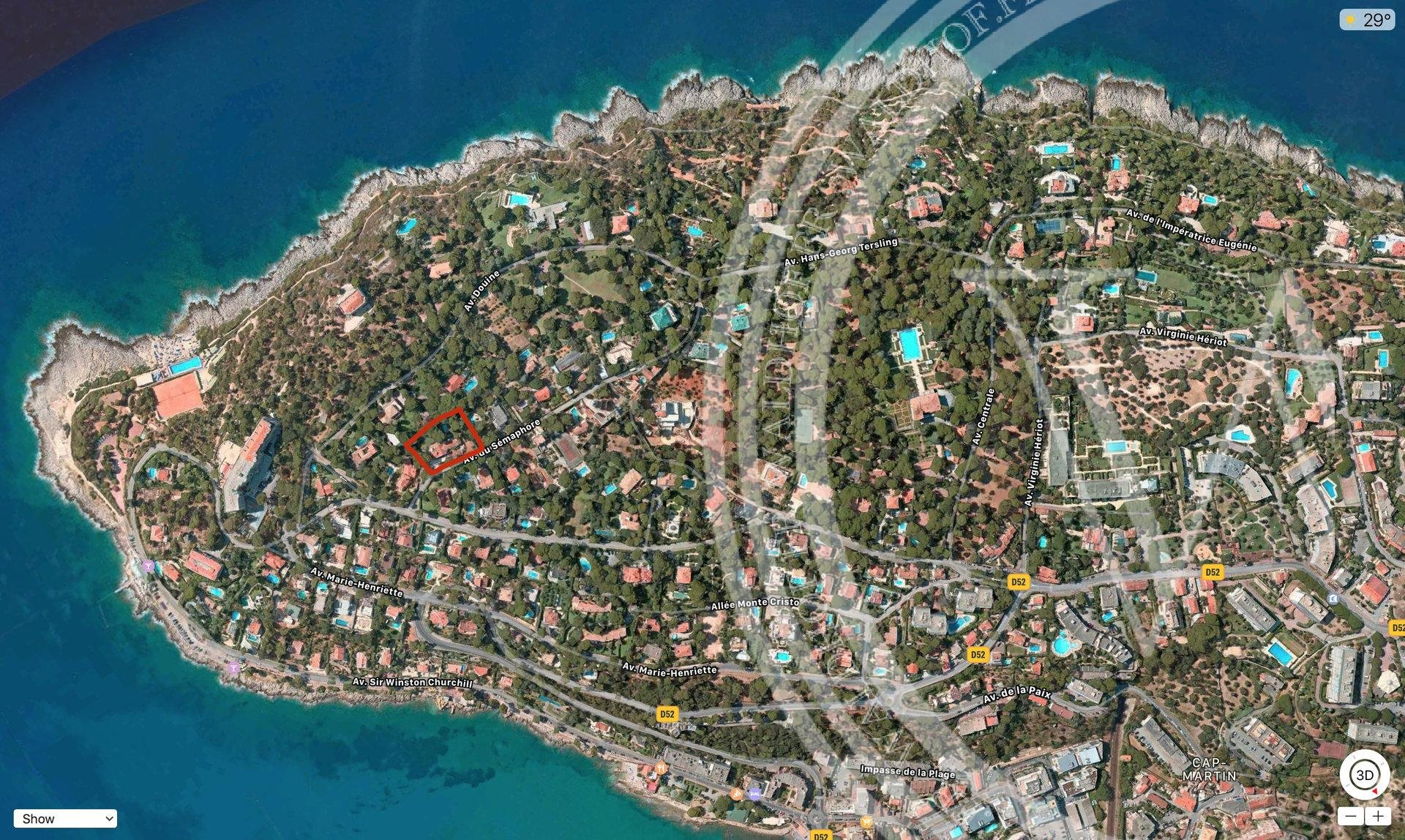 Opportunity to build 700 m2 mega villa in the heart of Cap Martin