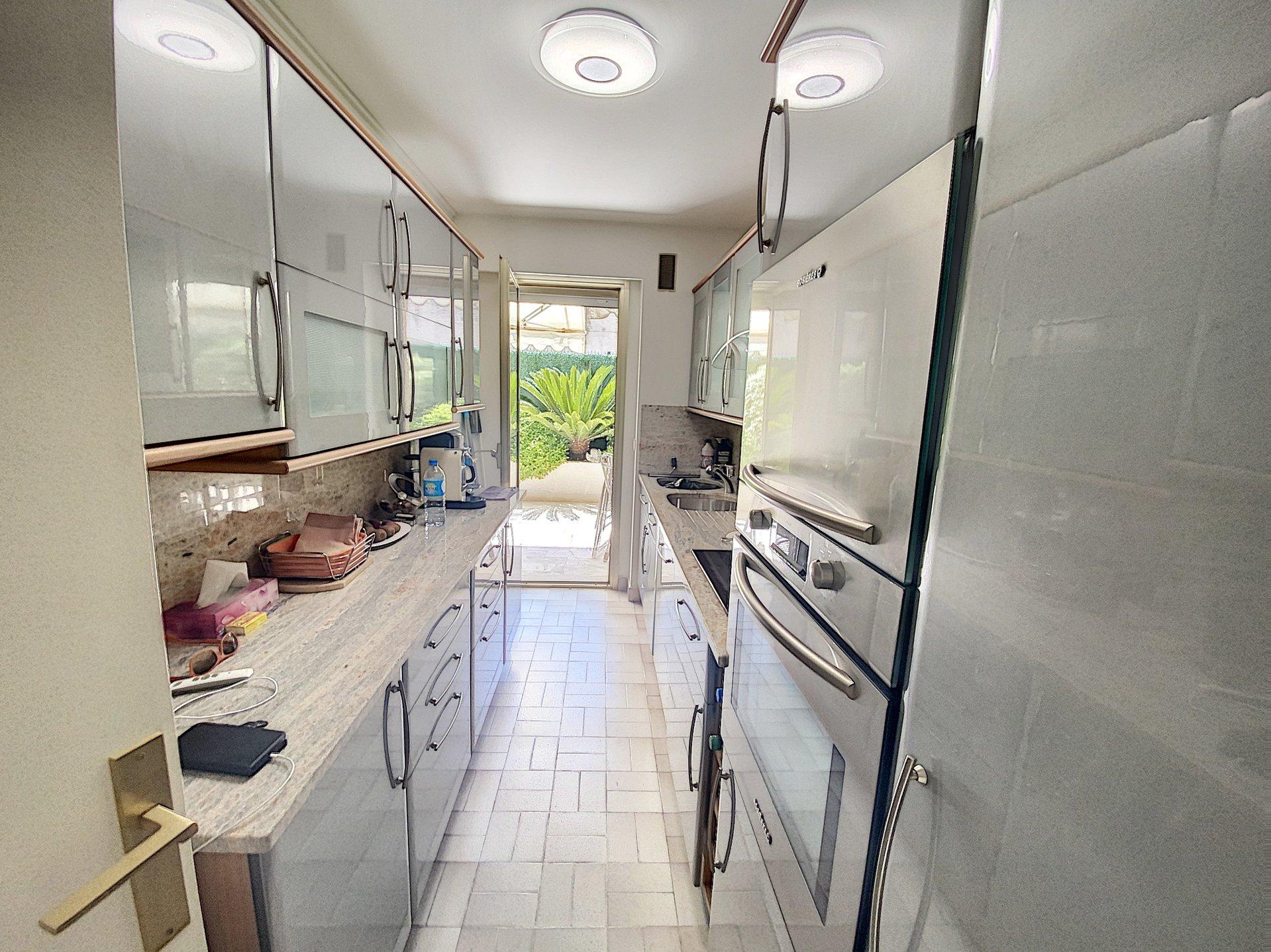 Cannes Palm Beach 2P 50 m2 terrace 25 m2