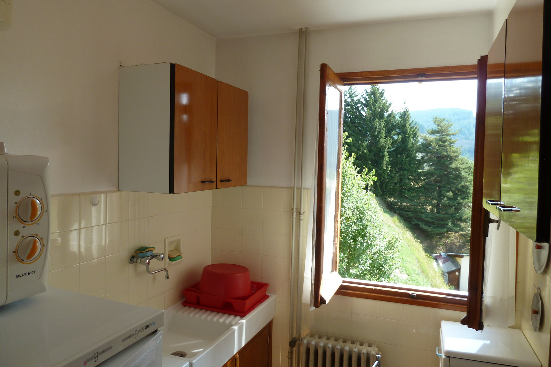 BEUIL 06 - CHALET GITE - 6 APPARTEMENTS