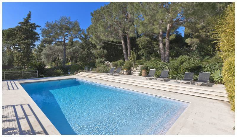 Cap Ferrat - New modern villa with sea view