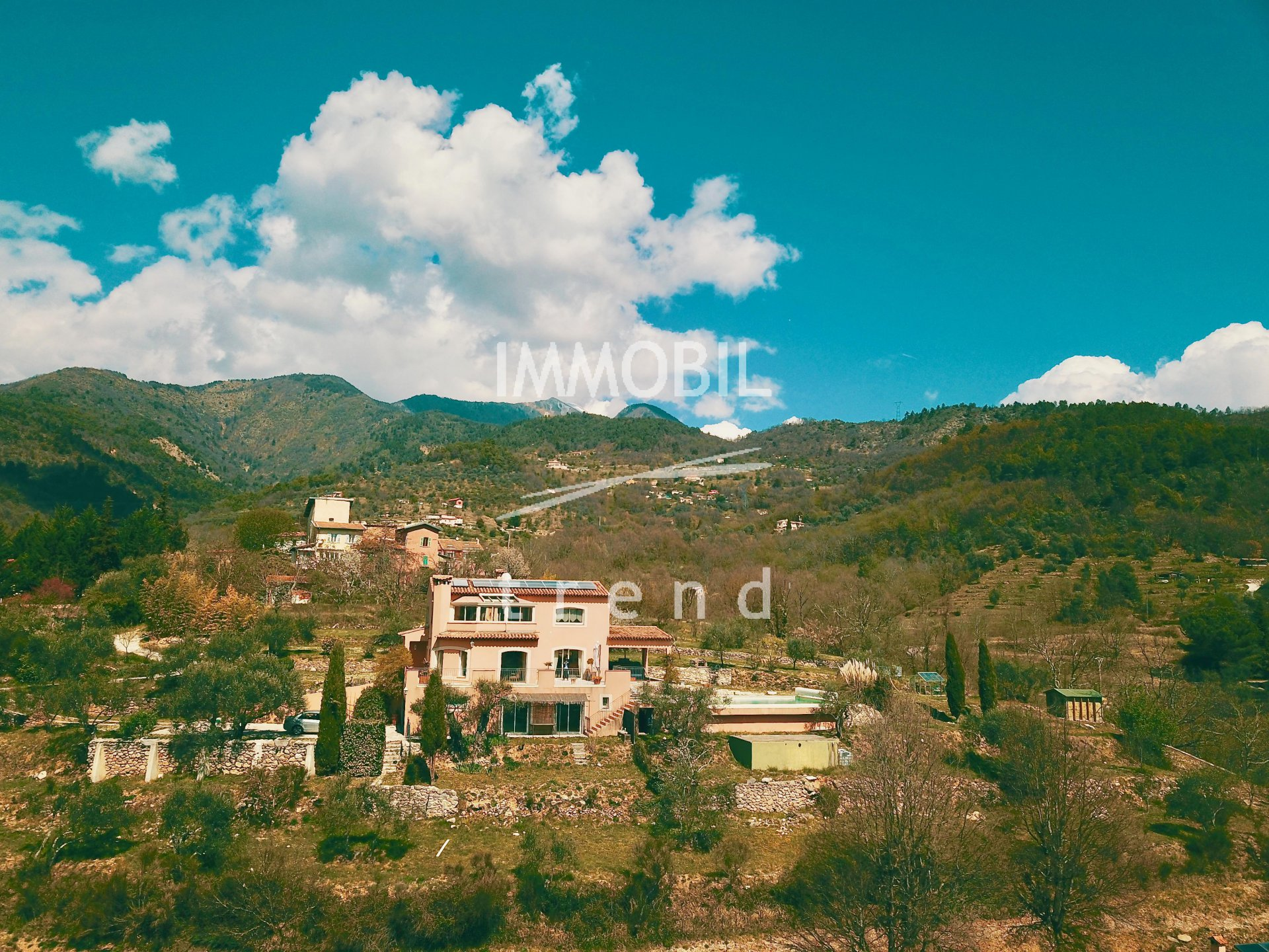Real estate Sospel - For sale, wonderful neo provencal style villa with big land and swimming pool