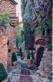 Eze Village, 2 Pièces Sud  Dernier Etage  avec Terrasse et Piscine