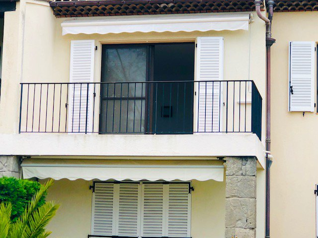2 Pièces vide 45m2 avec terrasse vue dégagée 1 050€