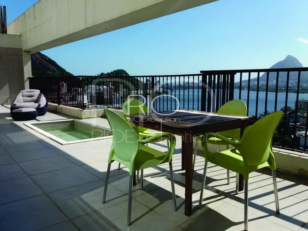 LAGOA - Beautiful duplex penthouse of 220 m2.