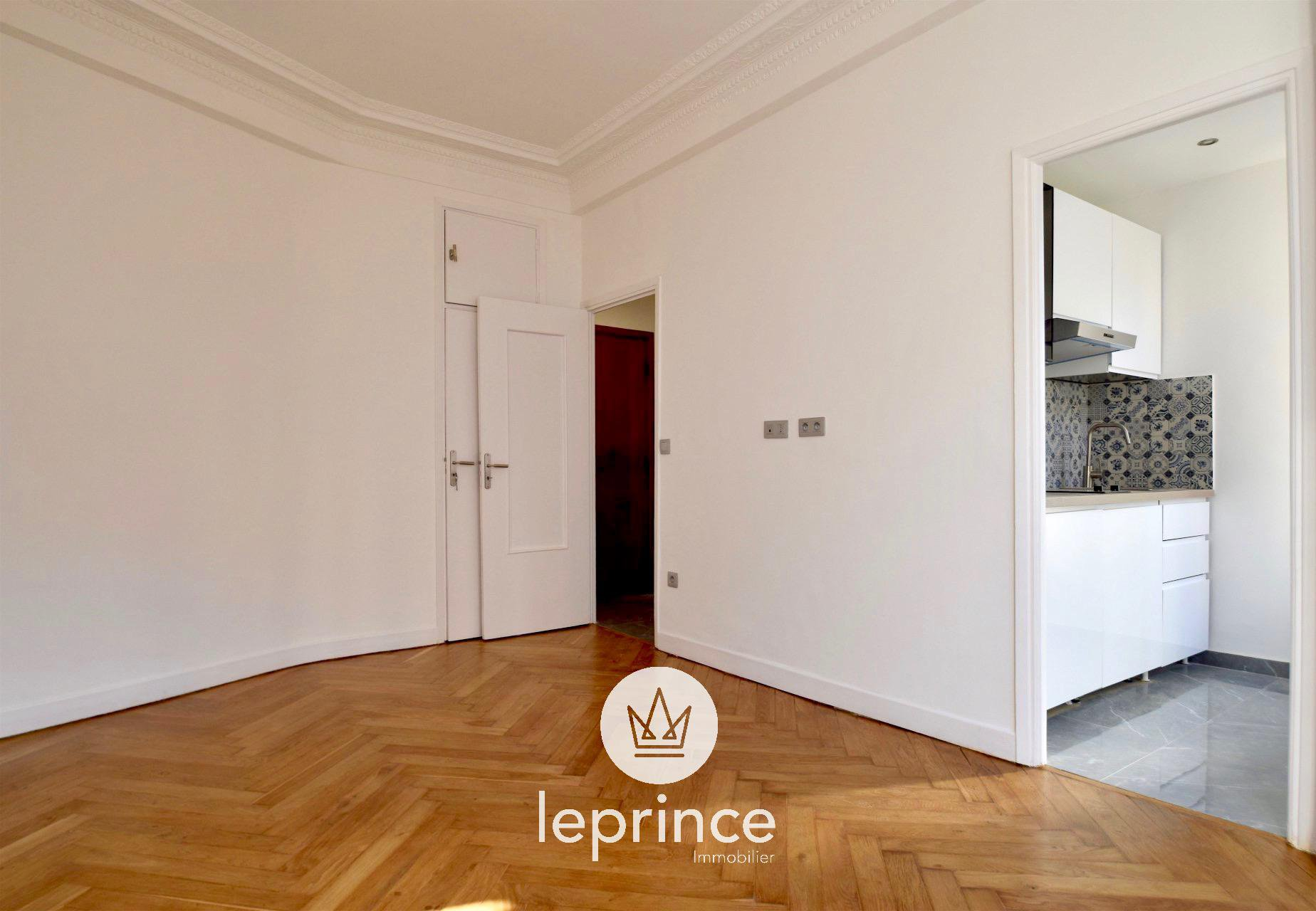 Nice Center - Thiers Bourgeois Building Renovated Appartment