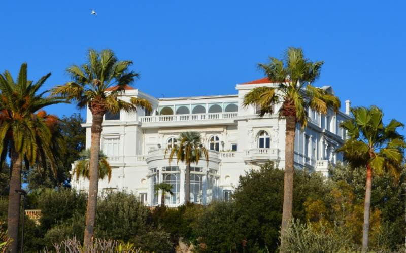 Apartment Belle Epoque - Top floor - Sea views - Juan les Pins