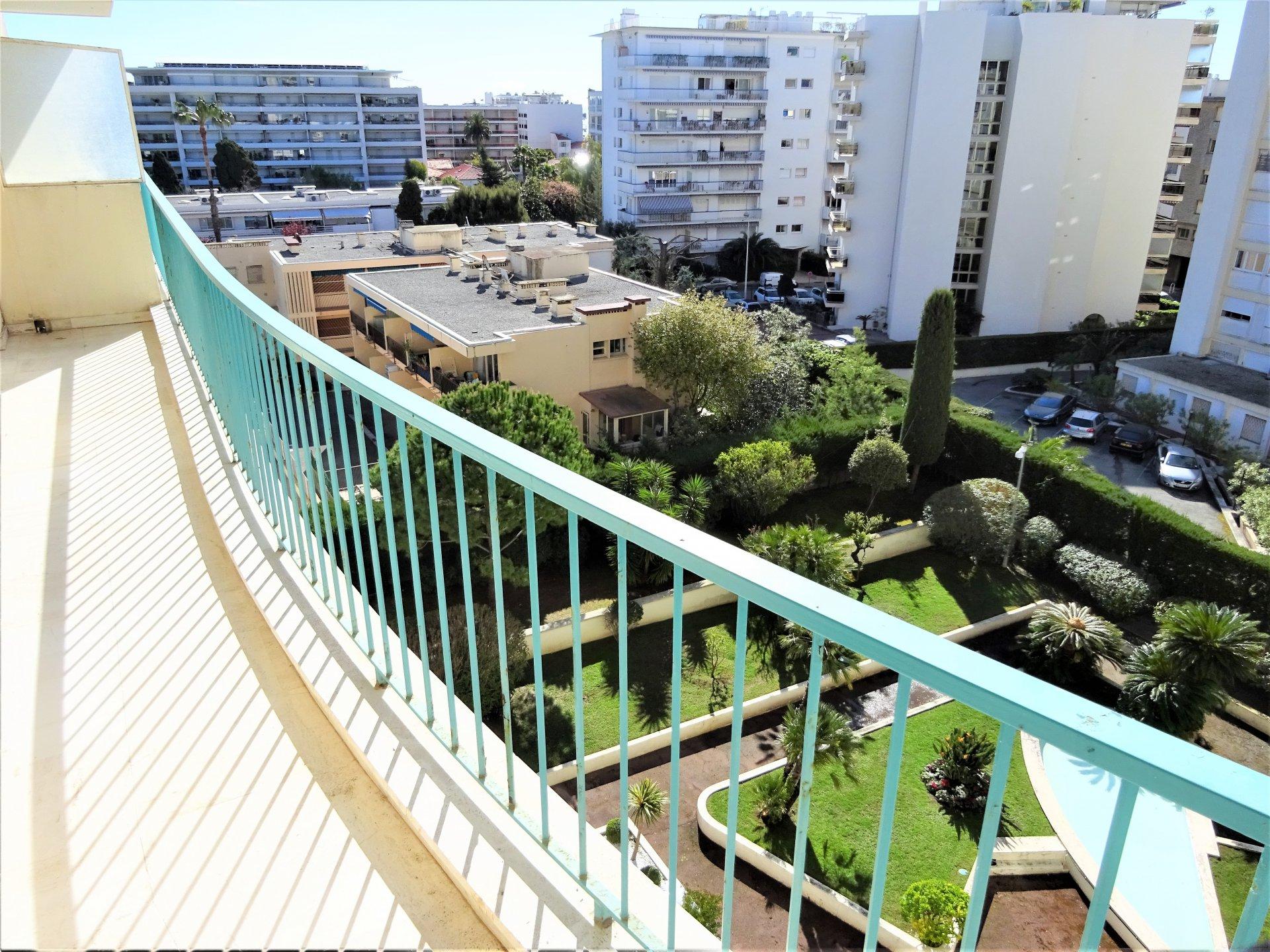 Cannes Croisette - Trilocale in lussuoso palazzo