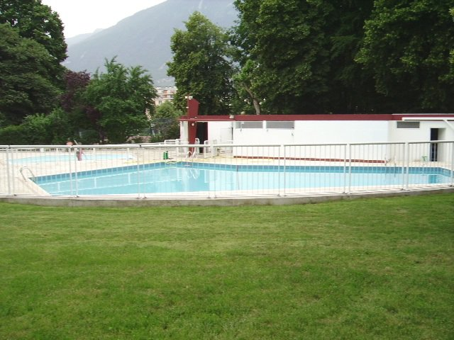 La piscine accessible aux résidents
