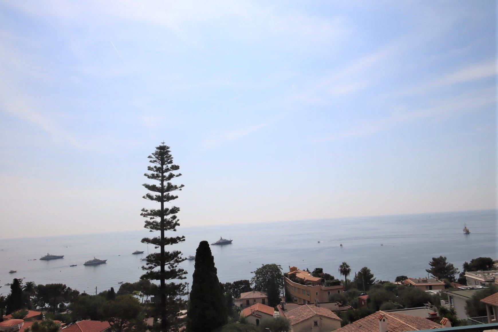 Eze bord de mer villa 200 m² vue panoramique