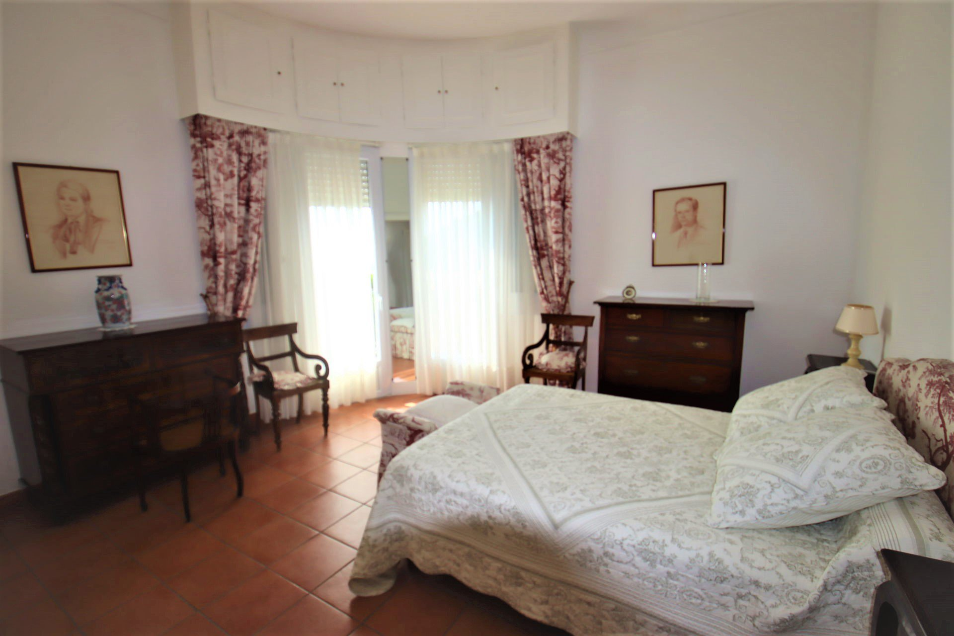 Eze bord de mer villa 200 m² chambre