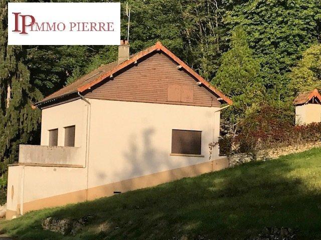 Grande maison à rénover en campagne proche POUILLY SOUS CHARLIEU