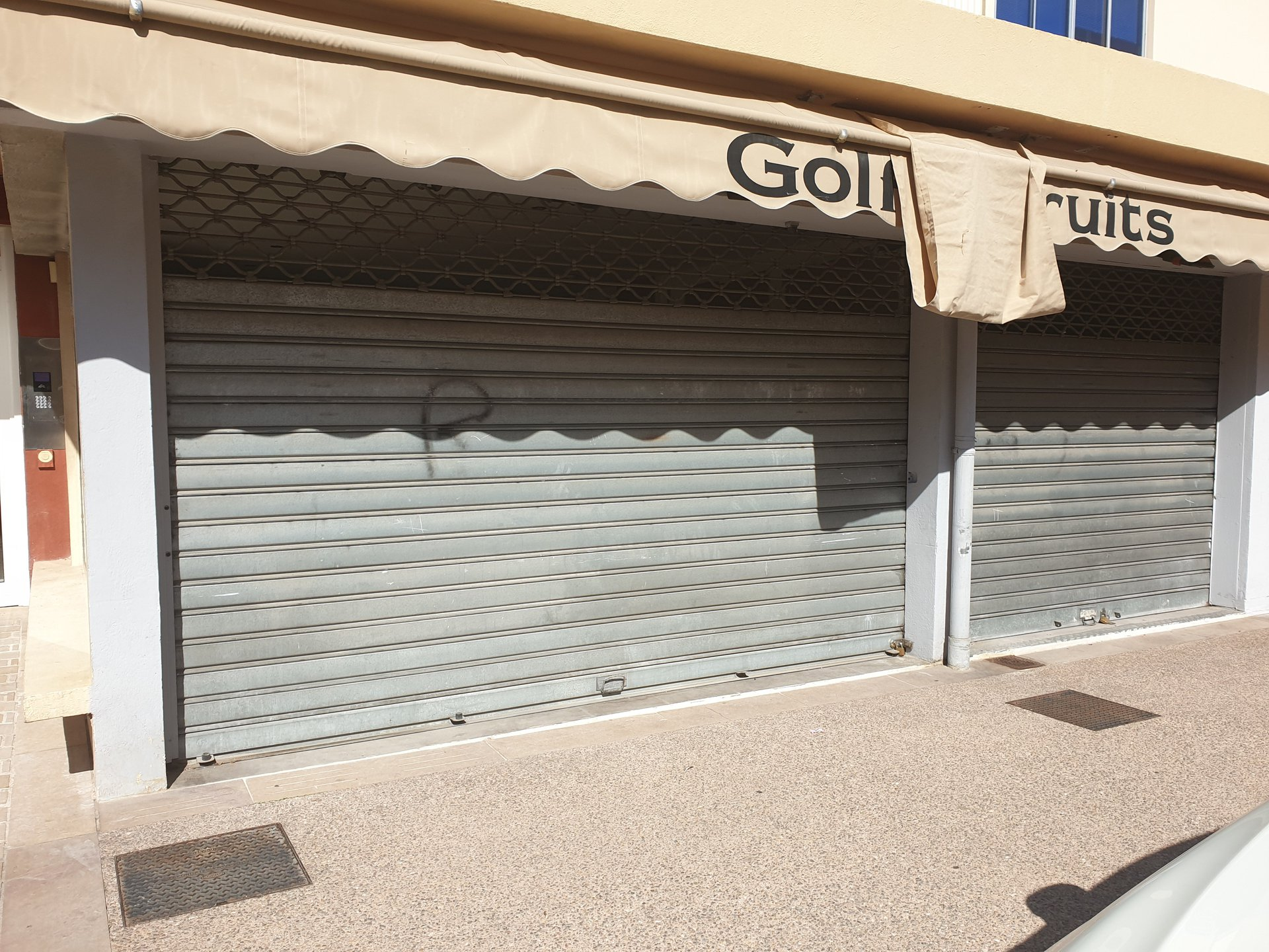 LOCATION LOCAL COMMERCIAL GOLFE JUAN