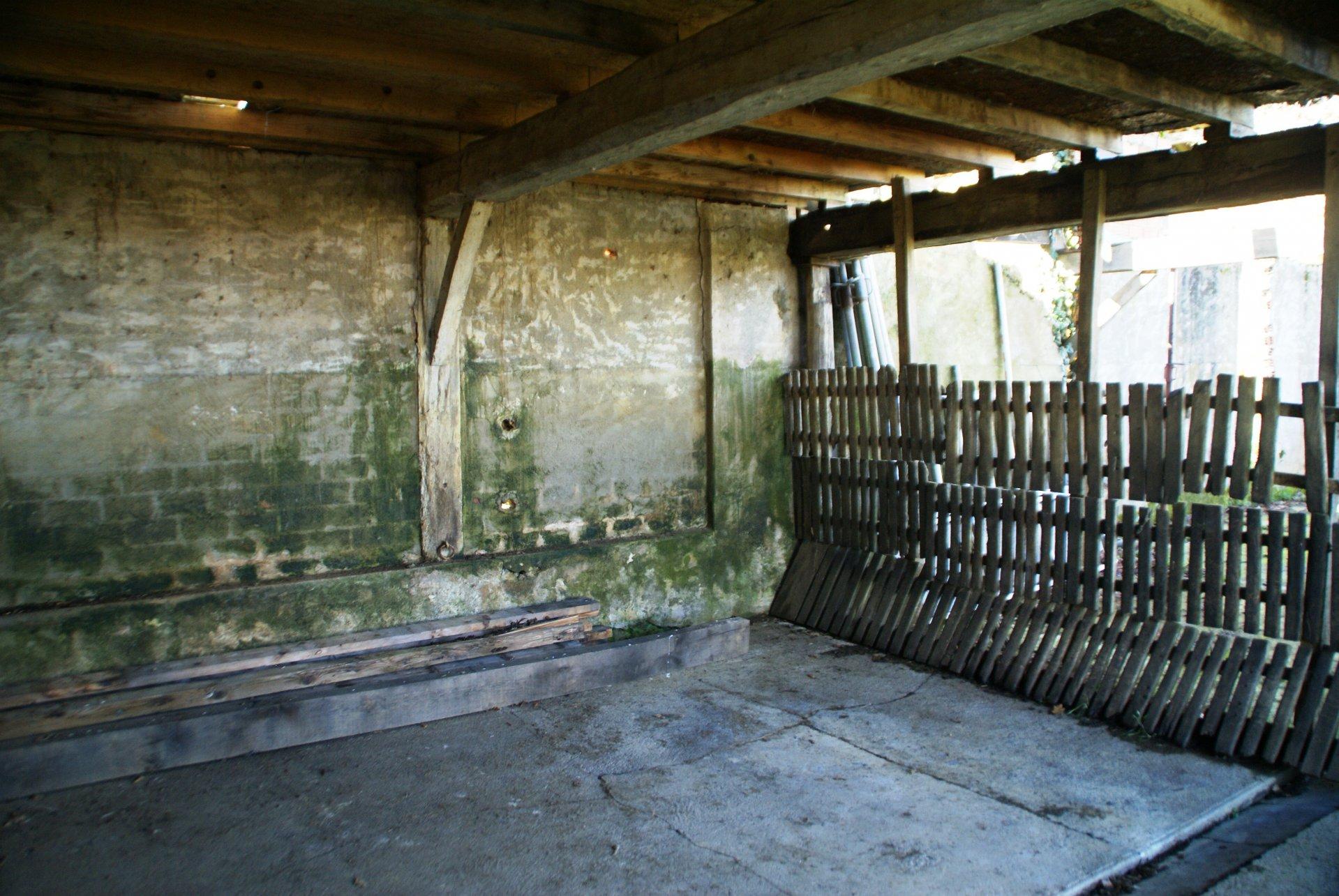 Grange et bâtiment à rénover à vendre dans le Gers