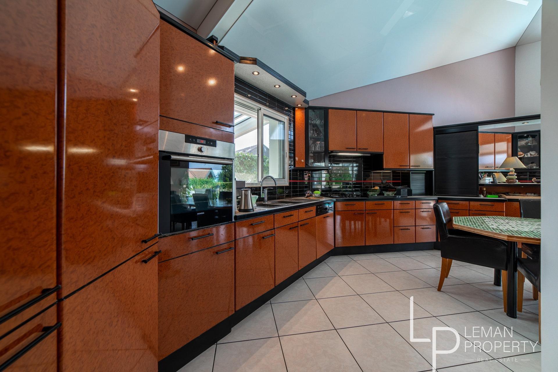 L'agence Leman property vous propose un maison à la vente