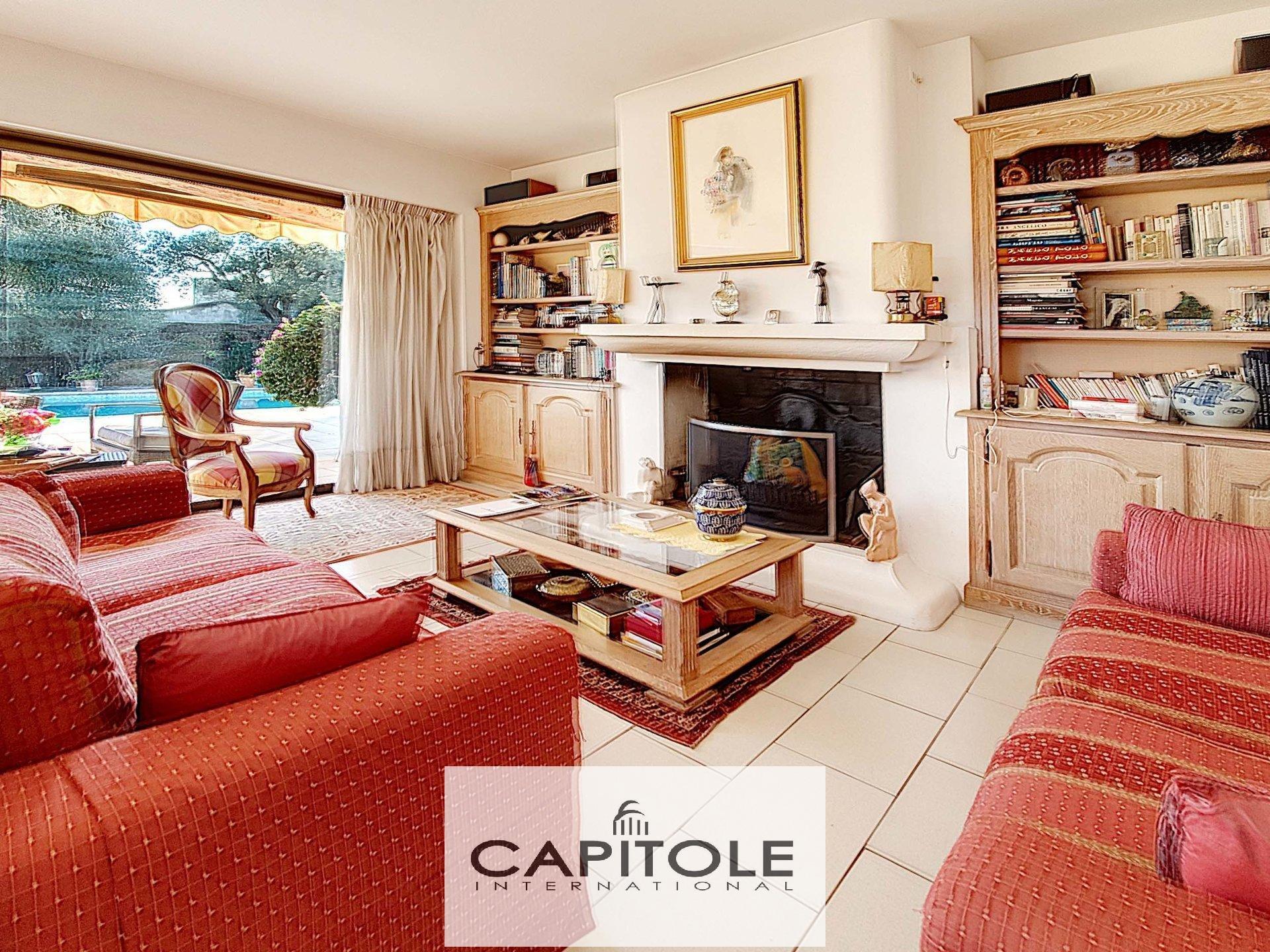 A vendre, Antibes, VILLA 200 M², PISCINE, jardin paysager,