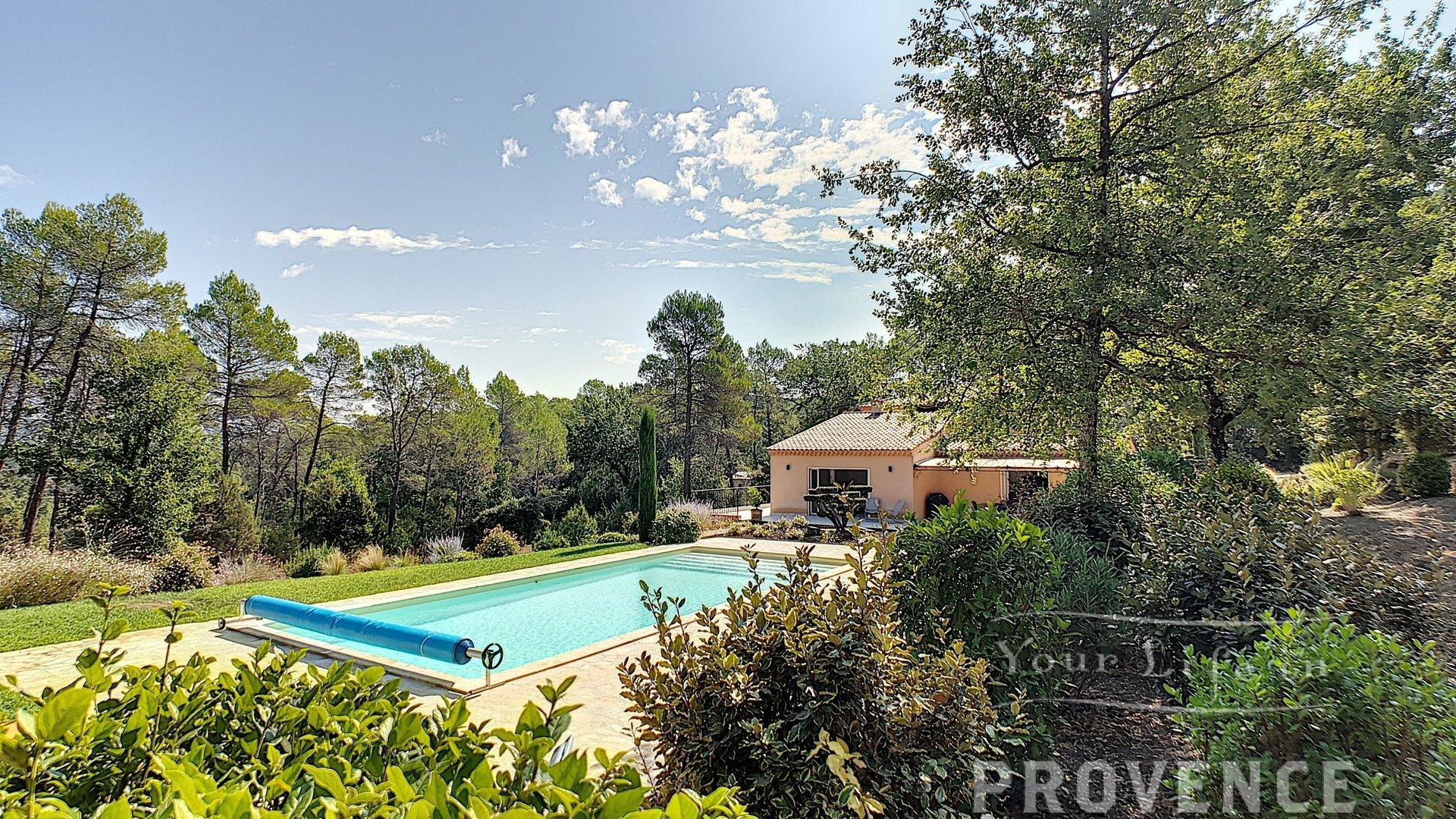 Exceptionnal property with a view near Lorgues