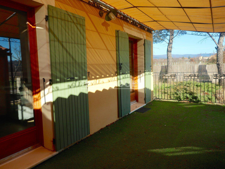 Roussillon - hamlet house