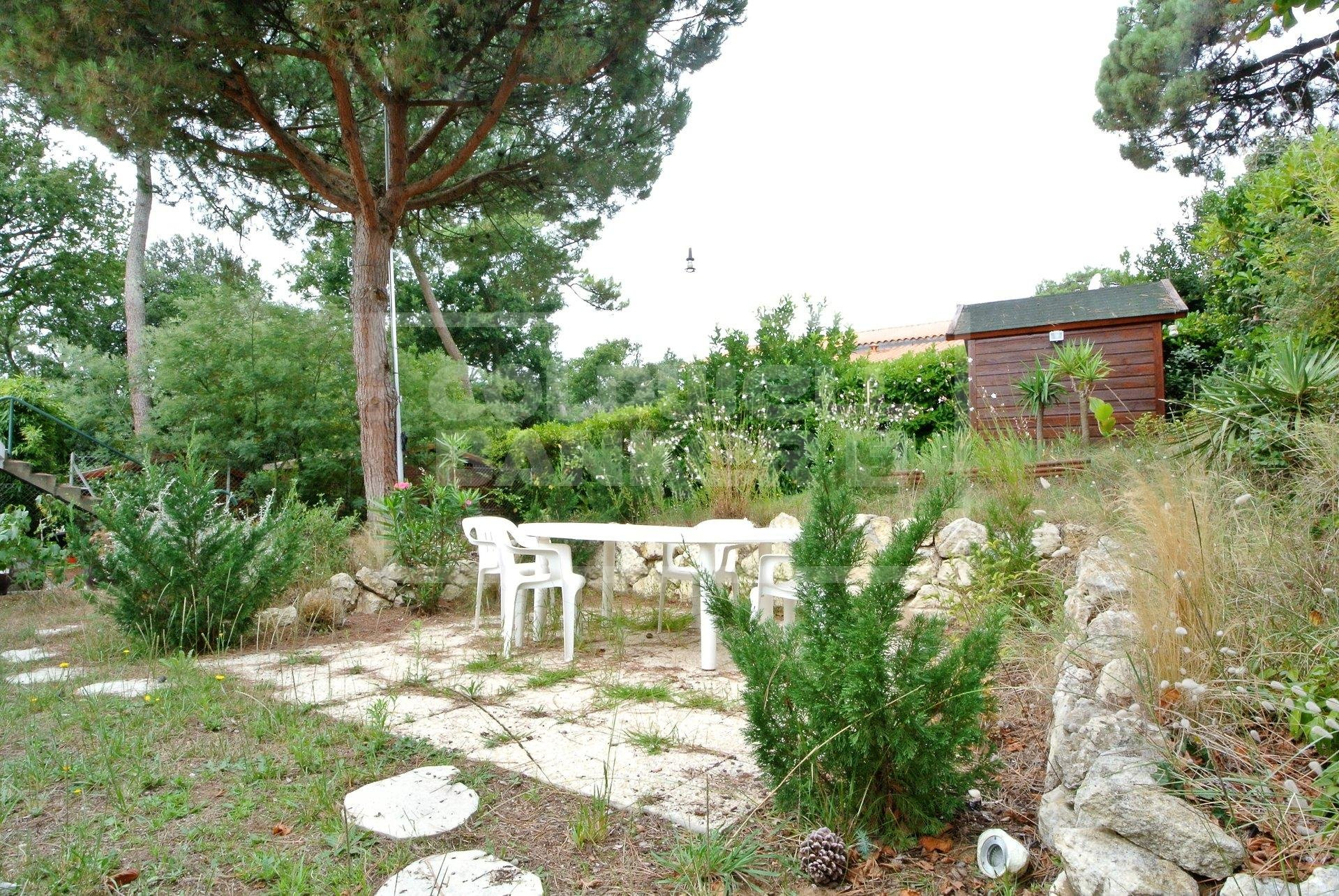 500 m from ROYAN Beach and Parc, 185m² House for Sale
