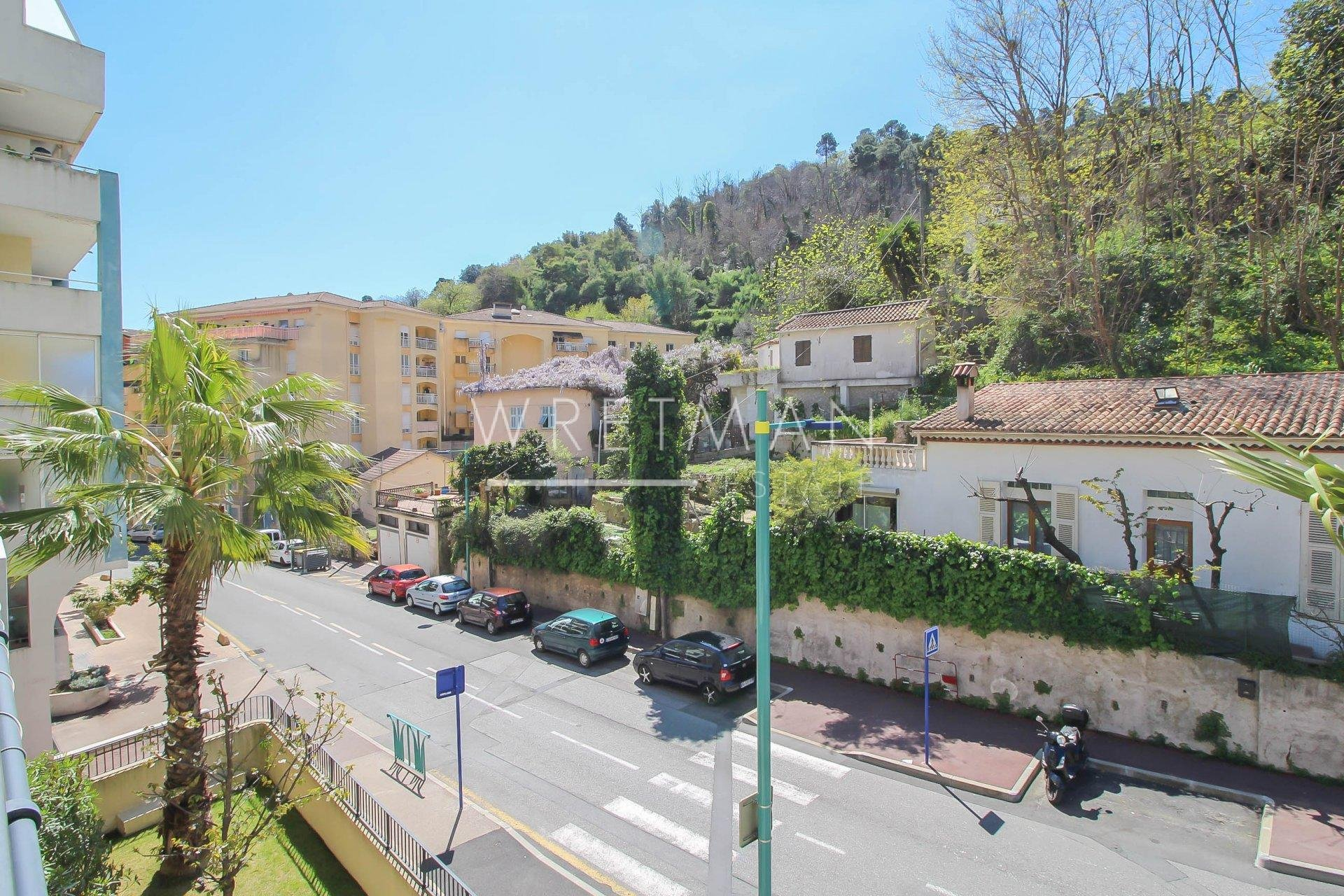 One bedroom apartment with two terraces - Menton