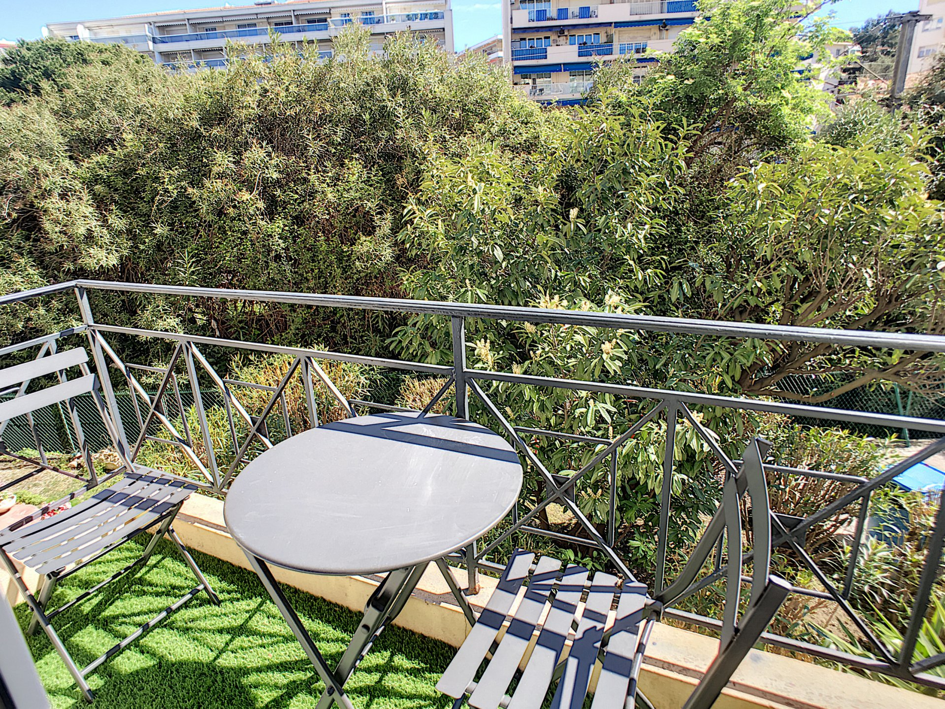 Cannes Centre - Studio 27 m² avec balcon