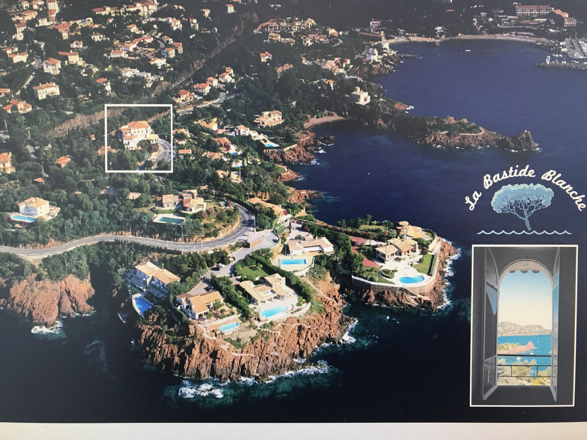 3 комнаты с видом на море - парковка