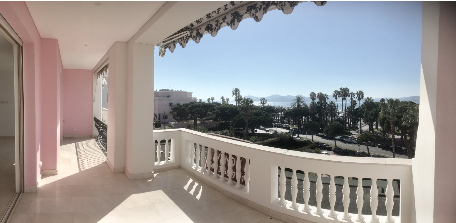 Cannes Croisette High Floor Panoramic Sea View 2-bedroom apartment