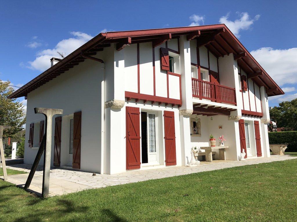 Magnifique villa à l'abri des regards !