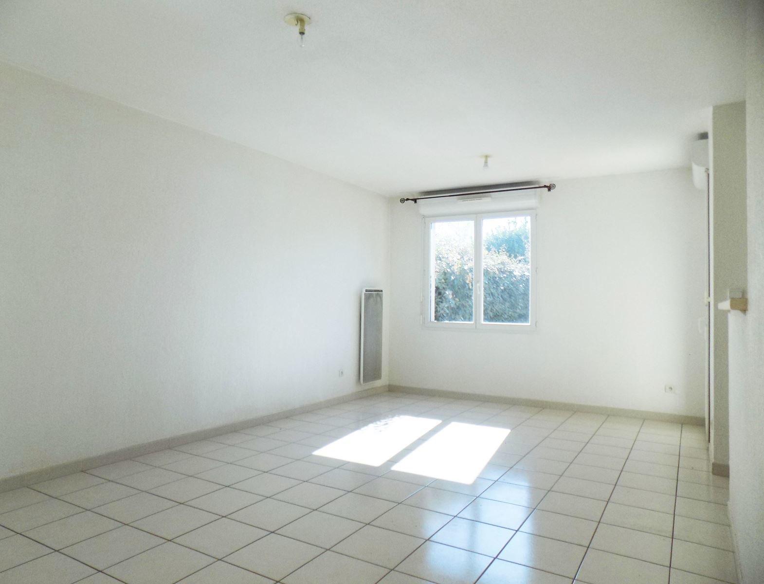 Appartement T2 avec jardin et garage - 31150 FENOUILLET
