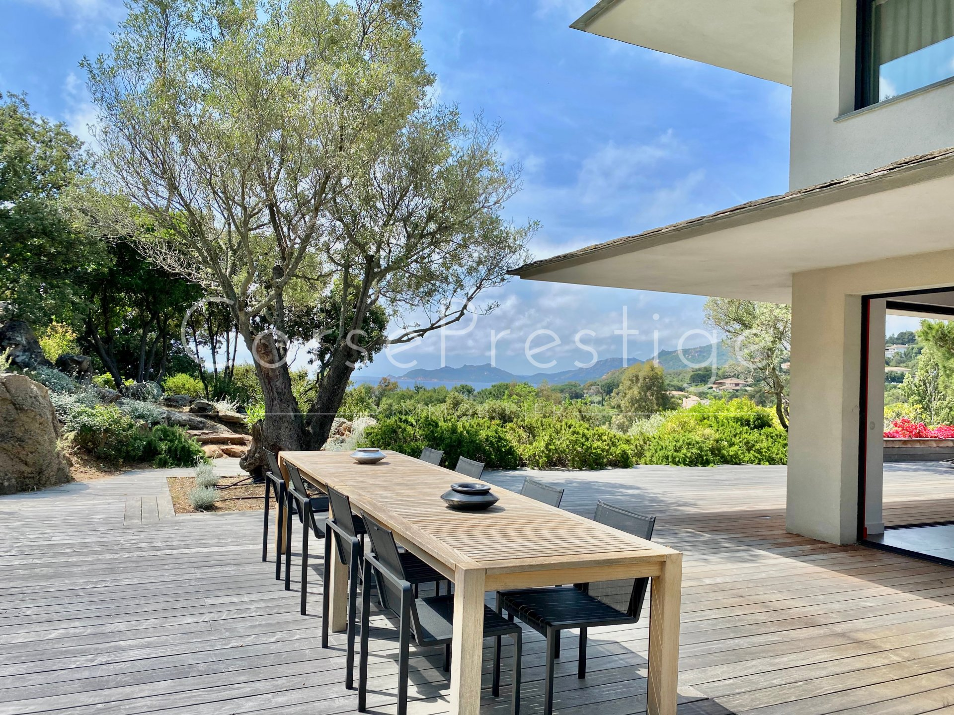 villa for sale punta d-oro with access to the beach image7